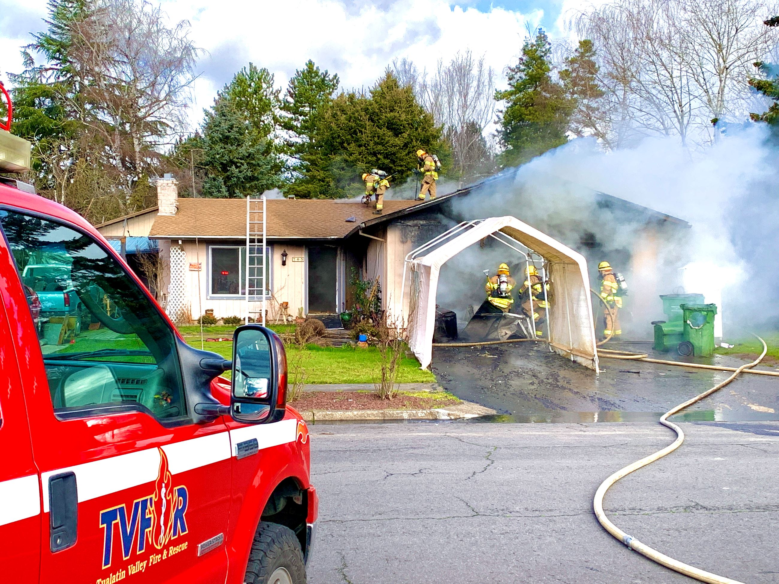 House fire on Pinehurst Drive in Newberg